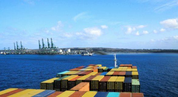 porto-de-sines-navio-690x377.jpg