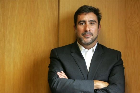 S3-1-Moderator-photo-Felipe-Batista.jpg